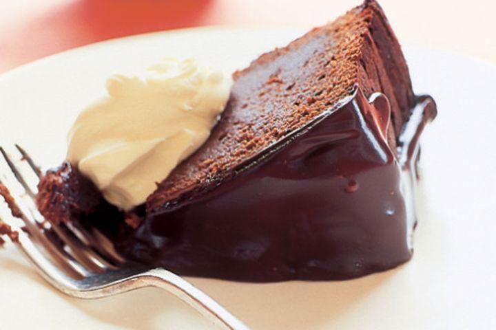 Bittersweet chocolate mud cake