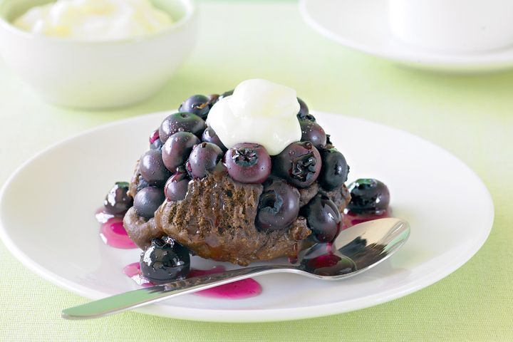 Blueberry chocolate cakes with lemon fromage frais