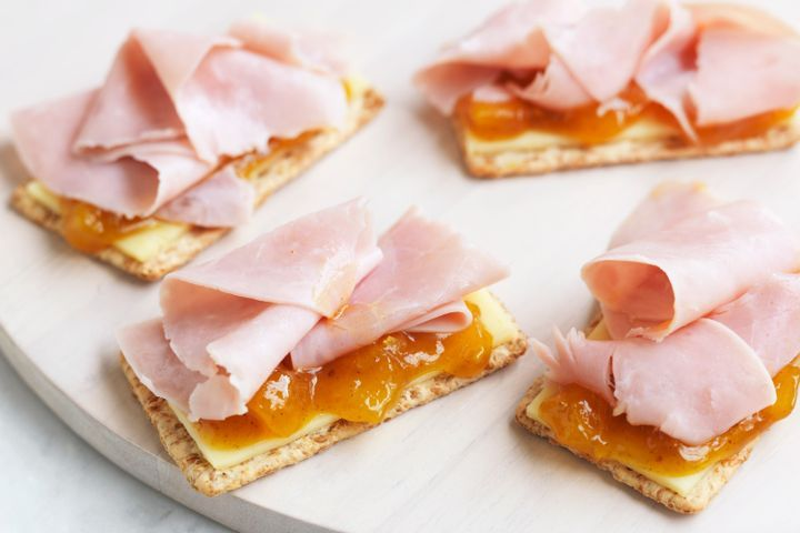 Cheddar cheese, green tomato pickle and honey ham