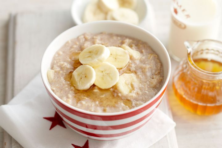 Cinnamon and banana porridge
