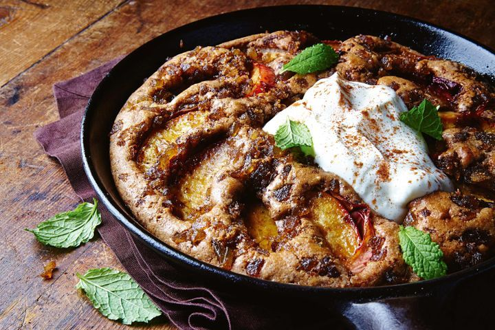 Frying pan peach and ginger pudding