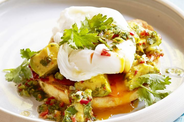 Poached eggs with coriander-lime sauce and avocado