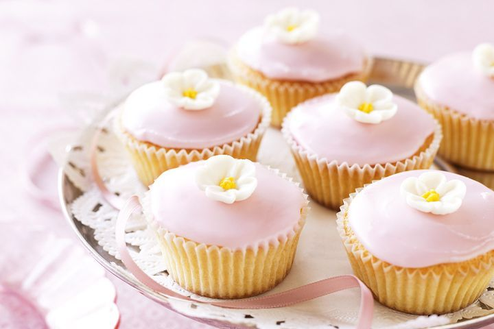 Pretty sour-cream cupcakes